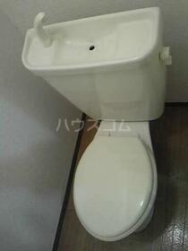 モン・プラティーヌ 102号室のトイレ