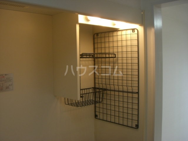 Love Wing白鳥 103号室のキッチン