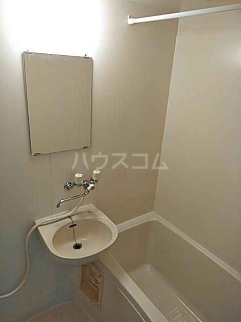 アクア・ベル 101号室の風呂