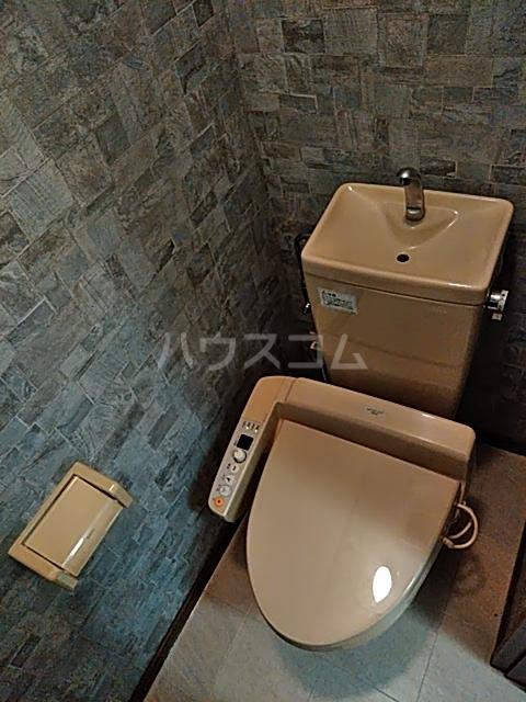 アクア・ベル 101号室のトイレ