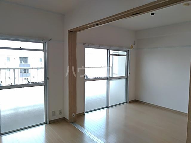 はりまマンション 305号室のリビング