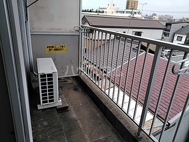 メゾン福谷Ⅰ 401号室のバルコニー