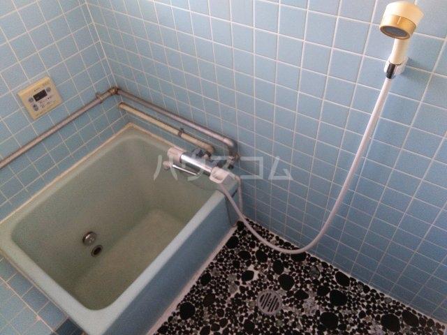 小山様借家 1-1号室の風呂