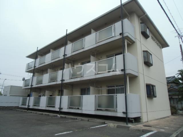 第2マンション久米 206号室の外観