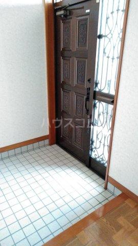 メゾンベルシャンブル 306号室の玄関