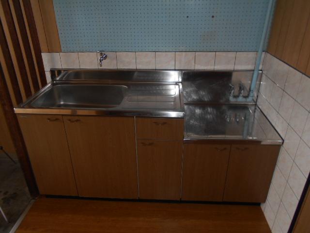 友和荘 12号室のキッチン