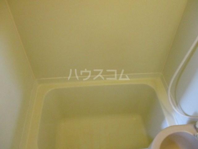 コーポエトワール 101号室のキッチン