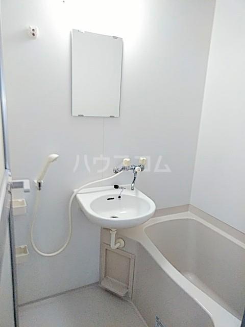 クリエイトダイアナⅡ 2A号室の風呂