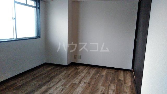 グランドステージNAKANO 402号室の居室