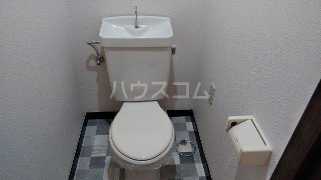 グランドステージNAKANO 402号室のトイレ