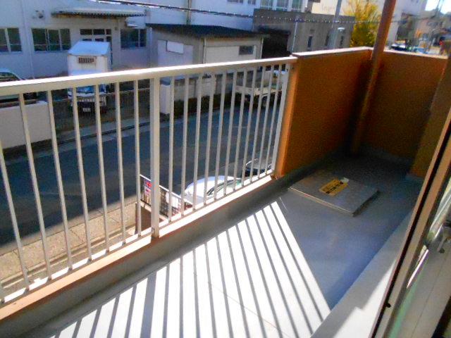 ラ・ポルト93 402号室のバルコニー