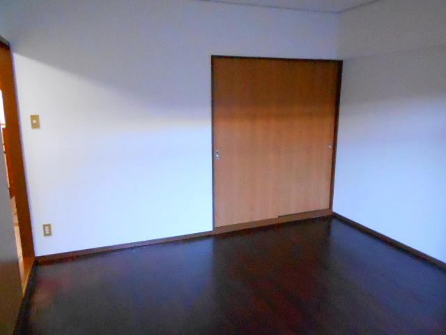 ラ・ポルト93 402号室のその他