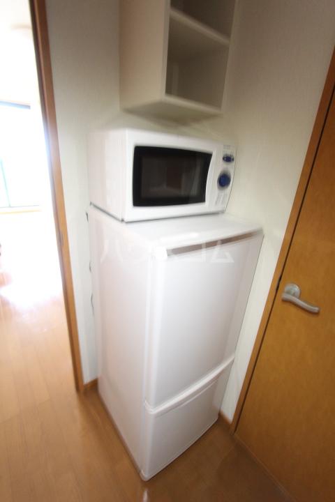 レオパレスKAZU 210号室の設備