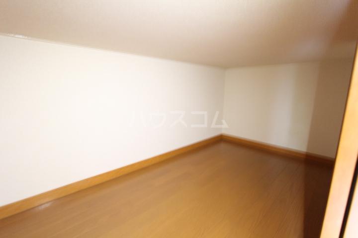 レオパレスKAZU 210号室のその他