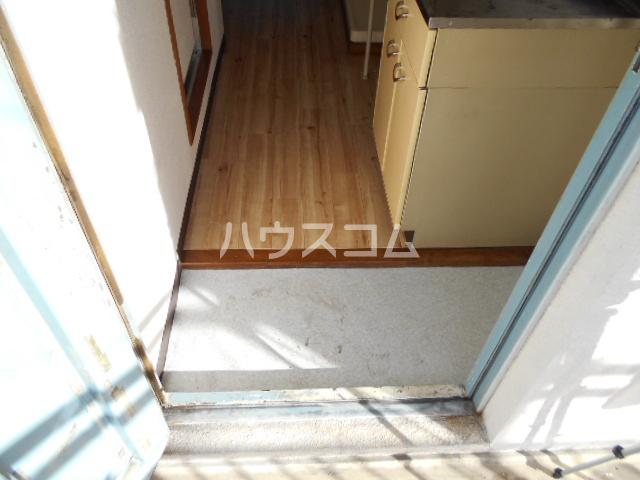 刈谷マンション 302号室の玄関