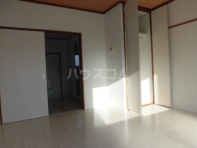 一ツ木マンション安井Ⅱ 207号室の居室