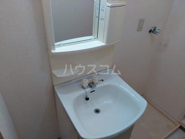 エンゼルコーポ森 201号室の洗面所