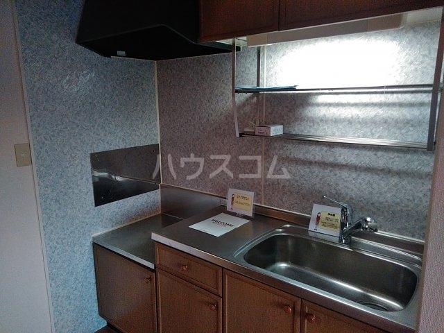 エンゼルコーポ森 201号室のキッチン