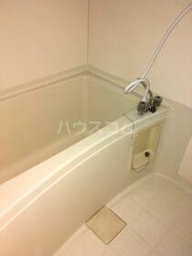 ハイツフラワー 206号室の風呂