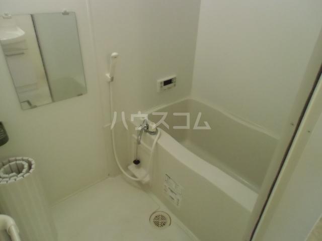 レセンテM 102号室の洗面所
