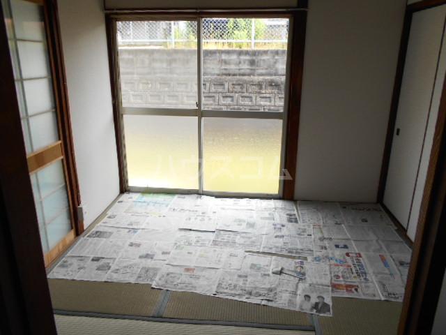 神谷借家 3号室のリビング