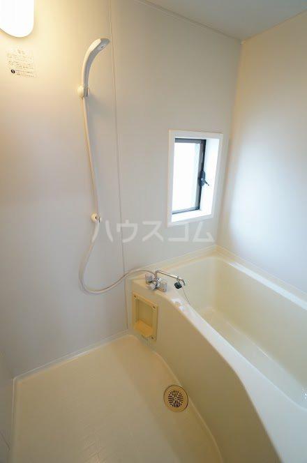 グランパレⅤ 202号室の風呂