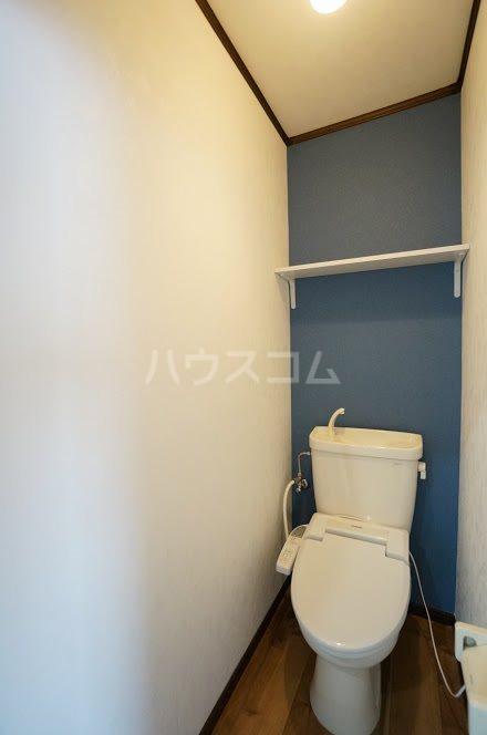 グランパレⅤ 202号室のトイレ