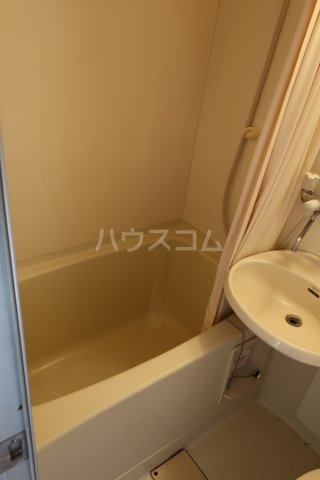 第2アベニュー日比野 2C号室の風呂