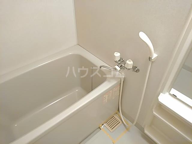 ソルトシティ浜松 501号室の風呂