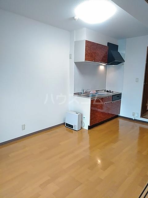 ソルトシティ浜松 501号室のリビング