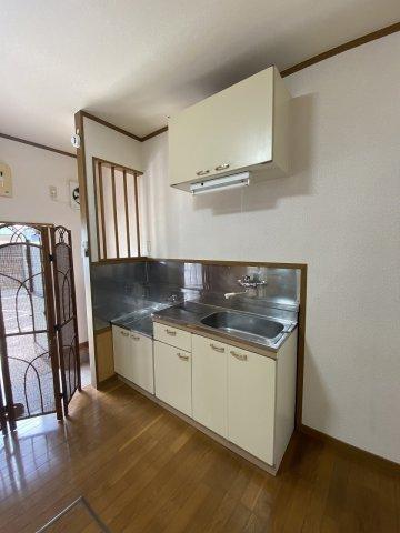 フラットK・T 1-A号室のキッチン