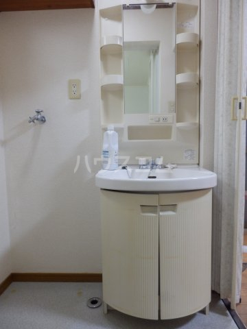 フラットK・T 1-A号室の洗面所