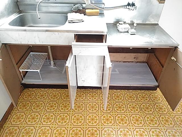 第1中谷コーポ 205号室のキッチン