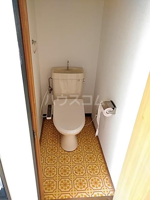 第1中谷コーポ 205号室のトイレ