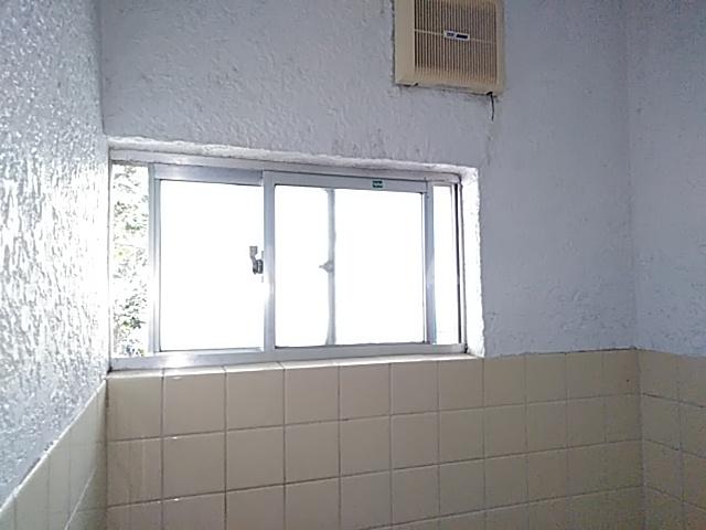 第2中谷コーポ 305号室の居室