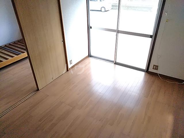第2中谷コーポ 305号室のリビング