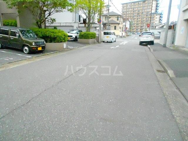 吉桂Ⅱ 503号室の駐車場