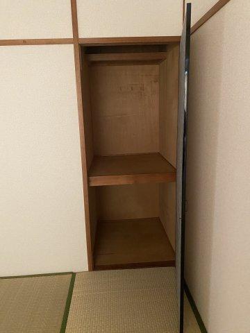 コーポ華 502号室の収納