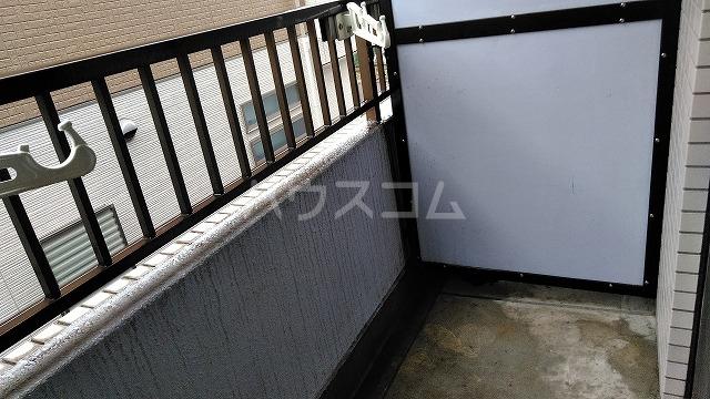 ドール大堀 215号室のバルコニー