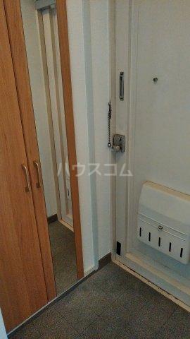 第1パークサイドマンション 205号室の玄関
