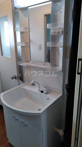 第1パークサイドマンション 205号室の洗面所