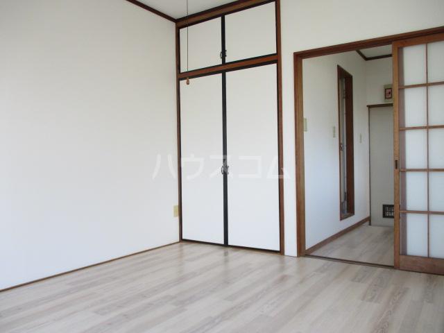 松ヶ丘ハイツ 201号室のベッドルーム