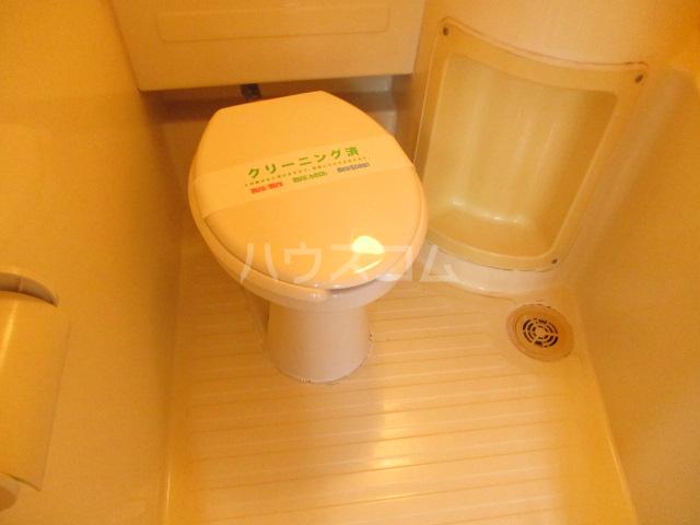 松ヶ丘ハイツ 201号室のトイレ