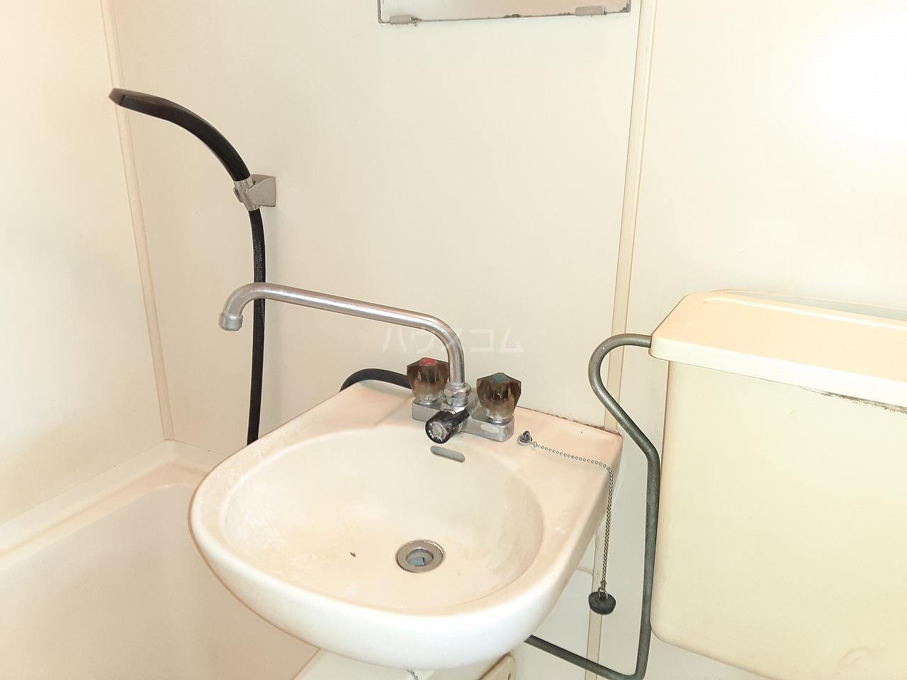 ハートイン豊岡通 4B号室のトイレ