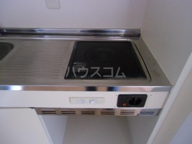 第2マンション久米 203号室のキッチン