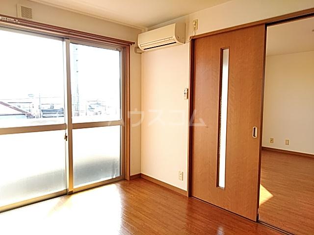 カトレア 303号室の居室
