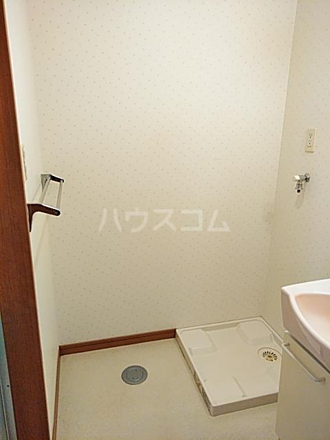 カトレア 303号室の洗面所