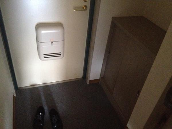 リヴェールチエ 501号室の玄関