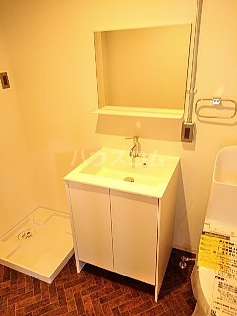 TBT GLB A棟の洗面所