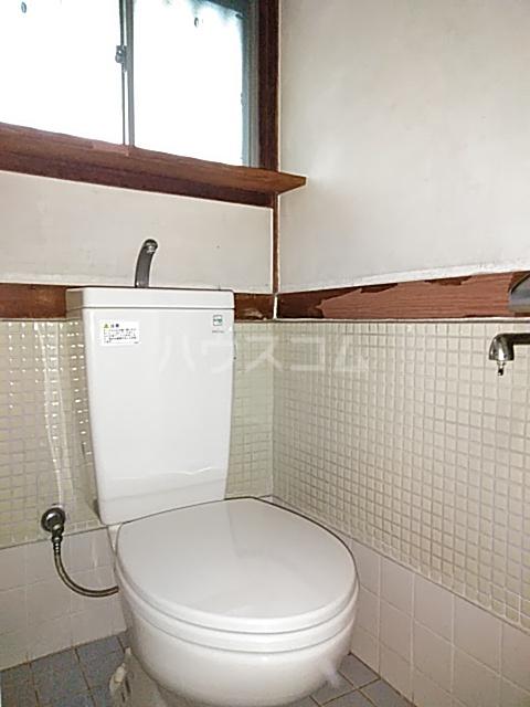 大清水2丁目借家 1号室のトイレ